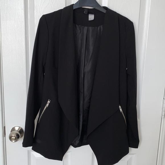 2/$15-Divided by H&M women's blazer. Black. Sz 6
